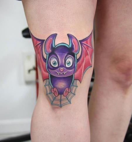 膝盖彩色小蝙蝠